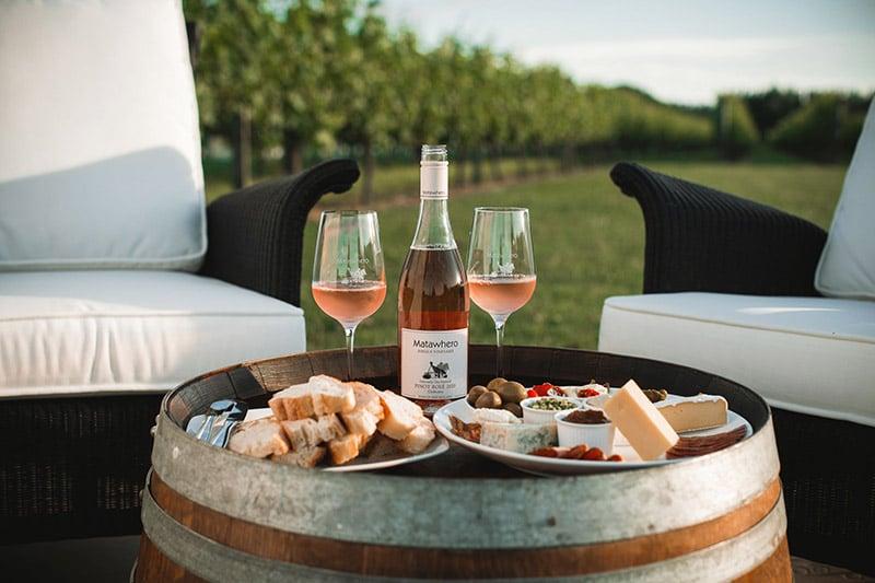 Matawhero luxury accommodation Gisborne outdoor setting