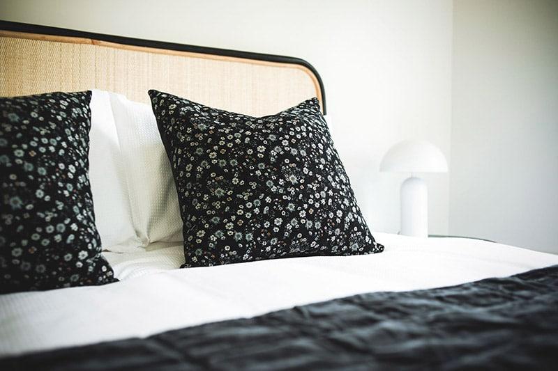 Matawhero Luxury Accommodation Gisborne Noir Cabin